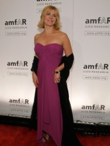 88369_natasha-richardson-attends-the-amfar-new-york-gala-at-cipriani-on-42nd-street-to-kick-off-fall-2009-fashion-week-on-february-12-2009-in-new-york-city1